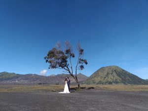 Mount Bromo Tour Package Pre Wedding Photography