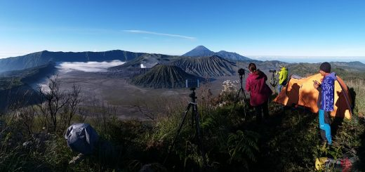 Package Mount Bromo Tour by Camping 2 Days 1 Night